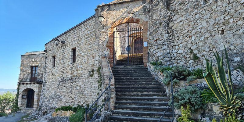 castell-de-subirats-564A487F8-B4C3-C6C3-AE4F-142B5336633E.jpg